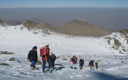 صعود موفقیت آمیز تیم ملی امید در روز جمعه ۲۴ بهمن به قله ۵۱۳۷ متری آرارات