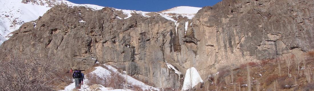 کارگروه یخ نوردی و درای تولینگ:یخ نوردی بر آبشار نوا