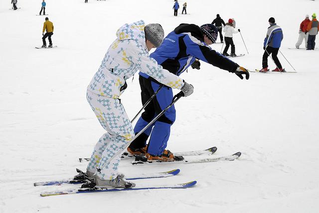 تفاوت تکنیک اسکی در خانمها و آقایان
