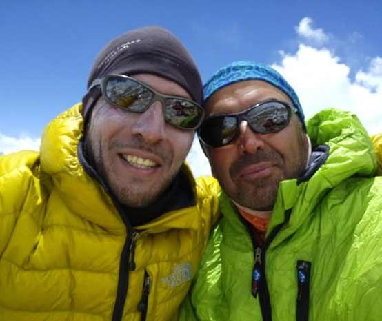 شادباش به عظیم قیچی ساز وعلیرضا بهپورو کوهنوردان ایران برای پیمایش چکاد اورست
