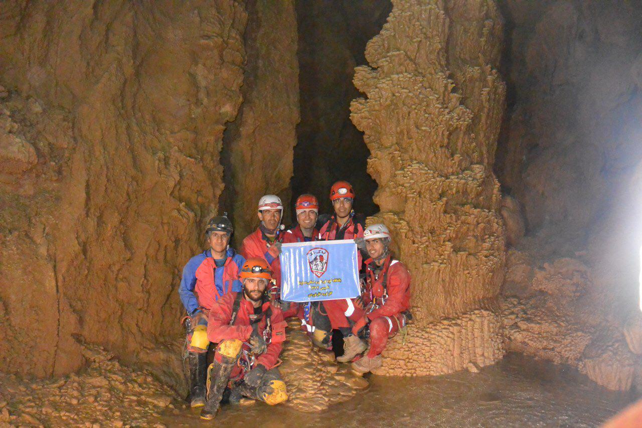 گزارش پیمایش غارهای تانا و تاپو۲