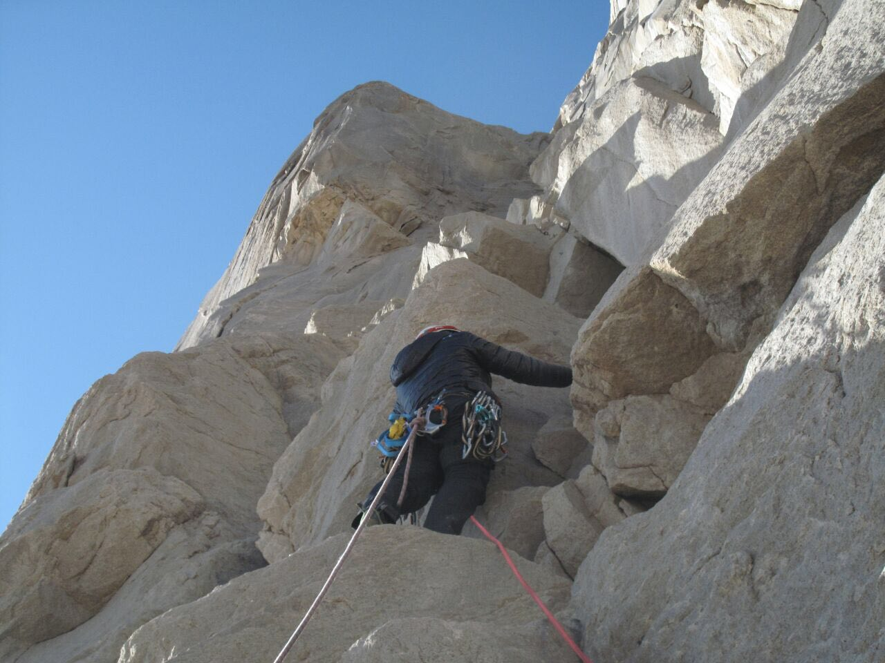 سنگ نوردی در کوه-چرخی با شهرام عباس نژاد