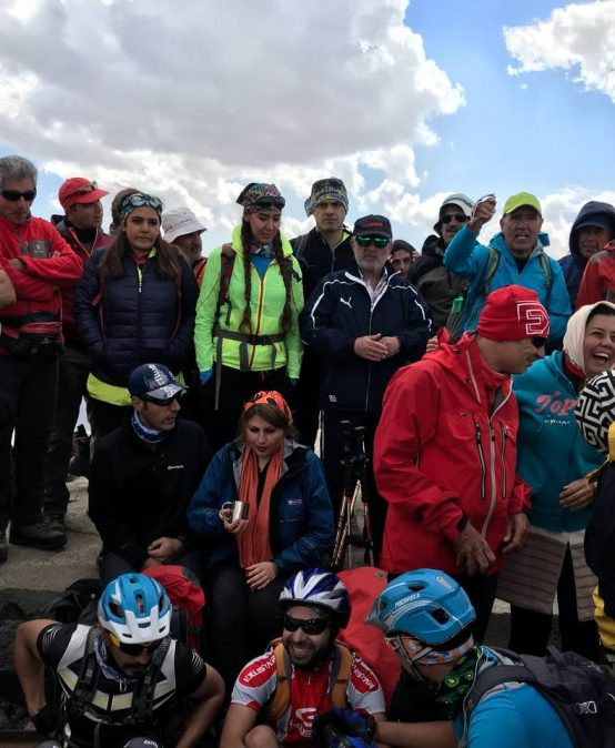 صعود قله سیچال یادبود جانباختگان غار پارو