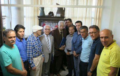 بزرگداشت سه پیشکسوت در آیین افطار انجمن کوهنوردان ایران