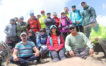 صعود به قله چشمه شاهی