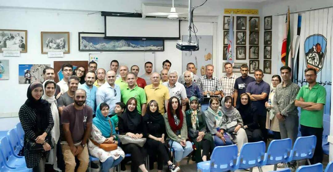 گزارش نشست هفتگی با استاد علی نژاد