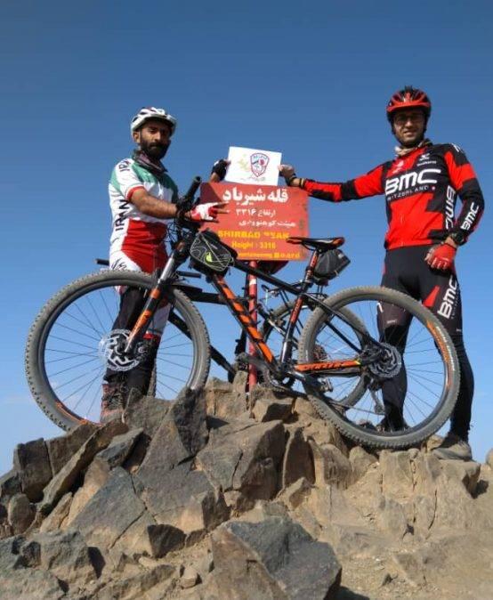 صعود به قله شیرباد با دوچرخه توسط یونس شریعتمداری (مرتفع ترین قله خراسان رضوی)